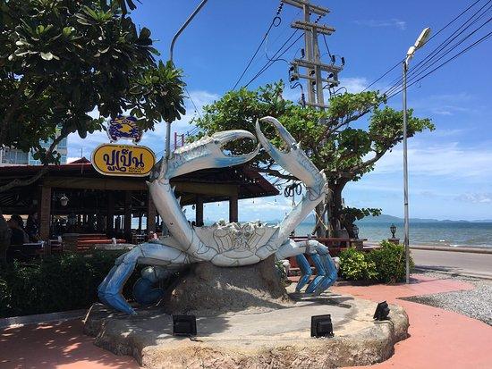 Nhà Hàng Tại Pattaya